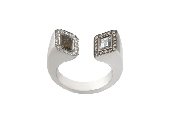 brown and white diamond Ring