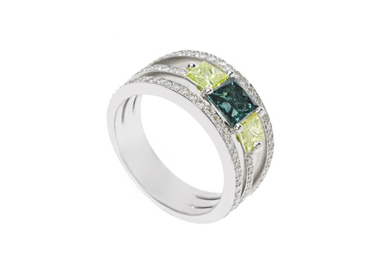 blue and yellow Princess-cut diamonds Ring