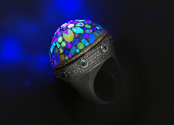 Secret Light Ring