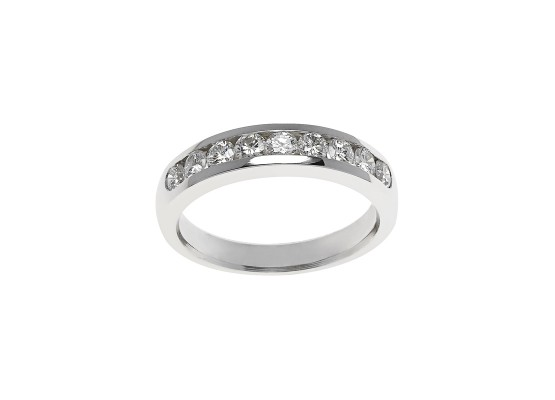 Brilliant diamond wedding band