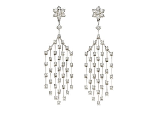 Waterfall white diamonds earrings