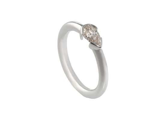 Pear-cut Solitaire 0.56ct
