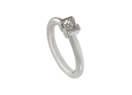 Princess-cut Solitaire 0.56ct