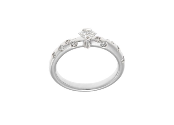Special-cut and brilliant-cut solitaire