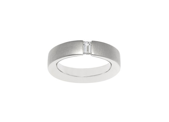 Baguette-cut Solitaire 0.32ct